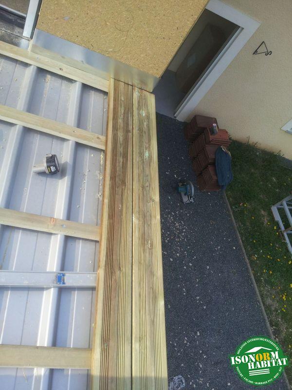 Pose des lames de terrasse