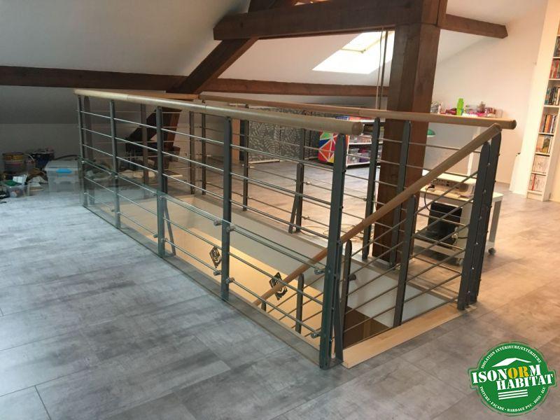 Garde corps d'étage avec main courante bois