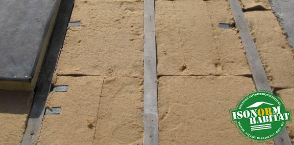 Mise en oeuvre de fibre de bois semi rigide en 2 couches