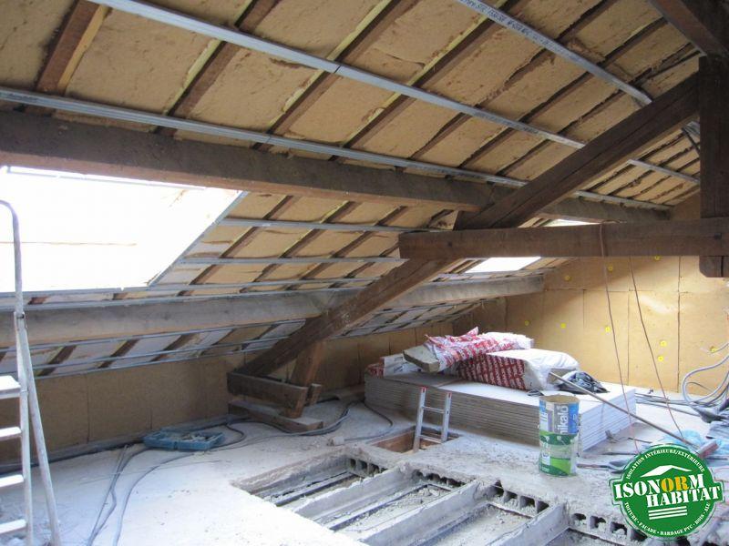 Isolation et et ossature métalliqueau niveau de la toiture